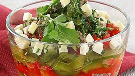 Салат из сладкого перца и помидоров