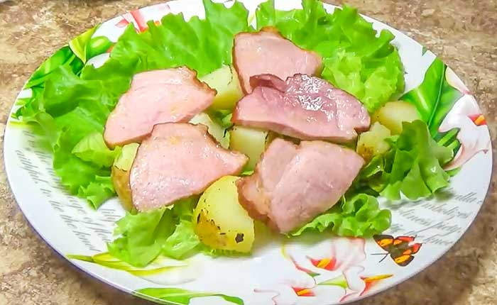 Салат из буженины с картофелем