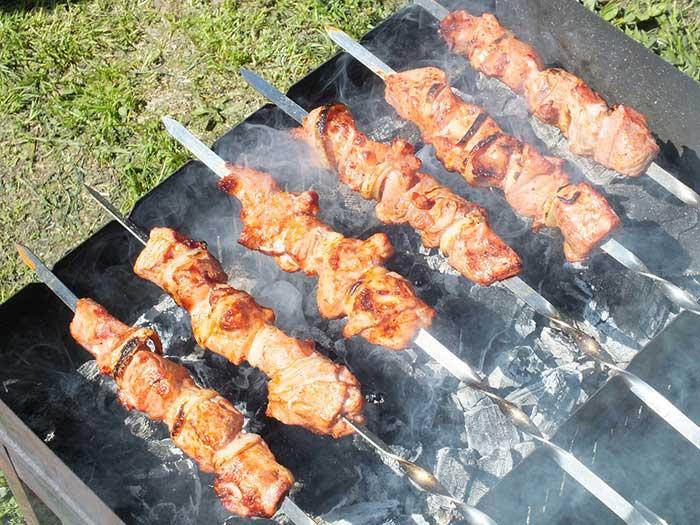 Шашлык из свинины пикантный маринад