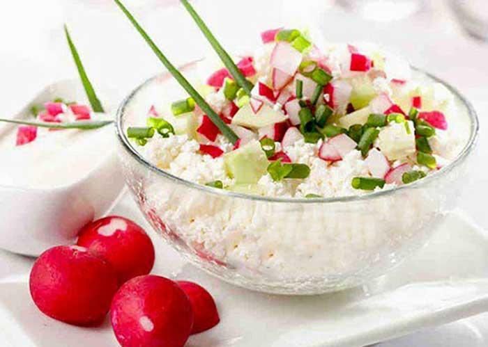 Салат из редиски и творога