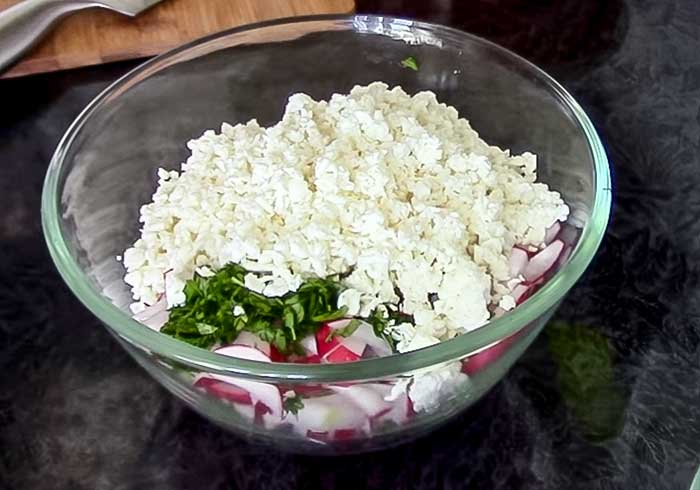 Творог в салате