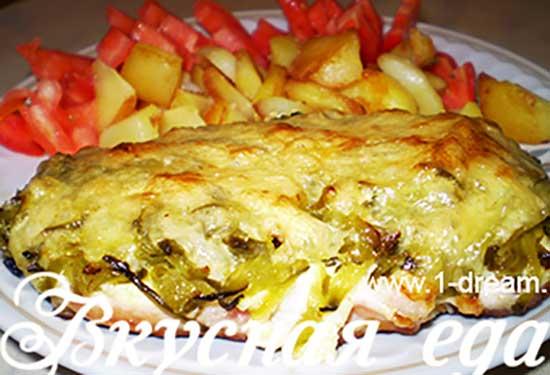 Куриное филе под сыром готово