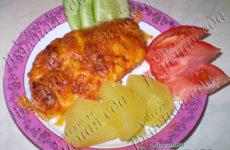 Куриное филе в томате, запченное с сыром