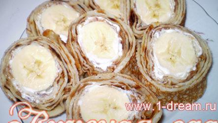 Вкусные блины с творогом и бананами