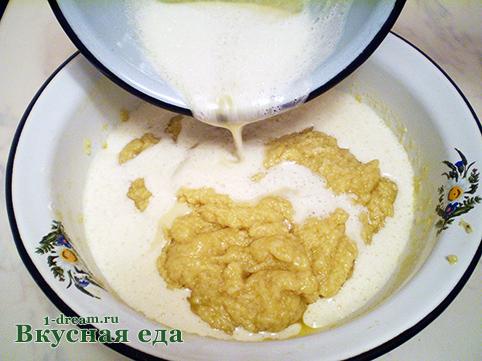 Добавить яйца в тесто дял пирога с творогом