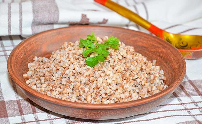Рецепт гречневой каши на воде с маслом