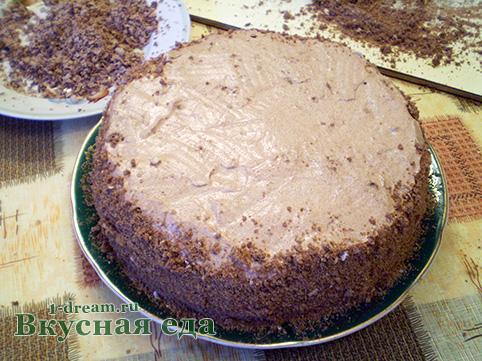 Посыпать крошкой торт без выпечки