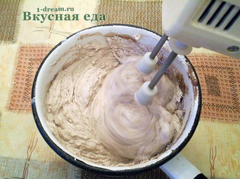 Крем масляный для шоколадного торта  взбить
