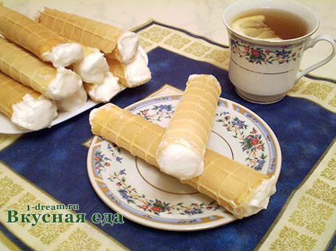 Белковый крем для вафельных трубочек