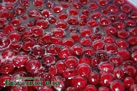Варенье из вишни с косточками варить