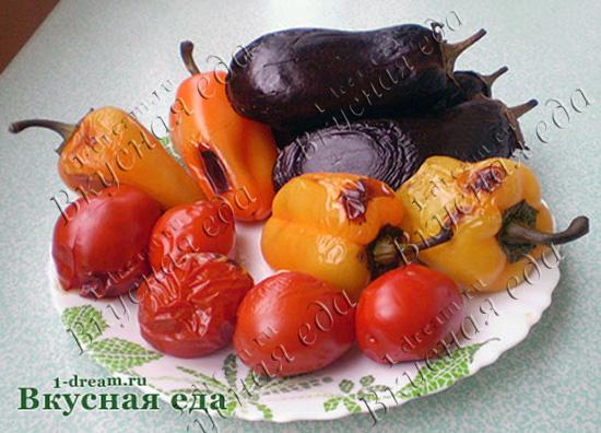 Овощи испечь для икры из баклажанов