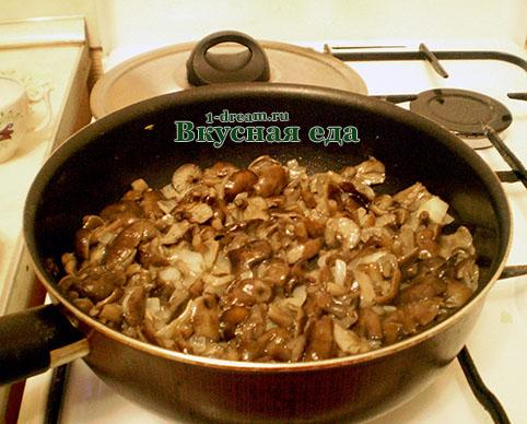 Жареные опята для каши с грибами