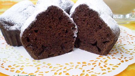 Воздушный шоколадно-банановый кекс