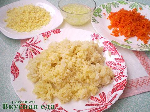 Тертые овощи для салата мимоза с сайрой