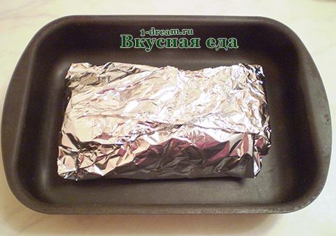 Запекаем свиной карбонад в фольге