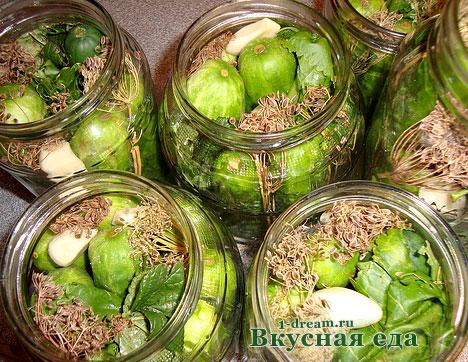 рецепты засола огурцов в банке на зиму с водкой