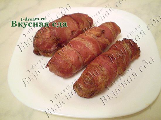 Вкусная домашняя колбаса без кишок в духовке готова