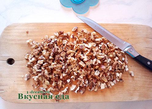 Орехи для шоколадной колбасы