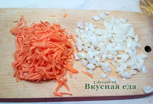 Лук и морковь для зеленых щей