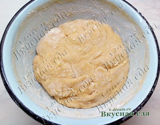 Тесто для медовика со сметанным кремом