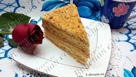 Медовый торт со сметанным кремом-рецепт с фото