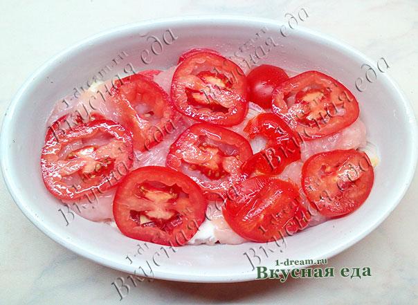 Запеканка из куриного филе и помидоров в духовке