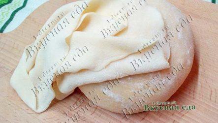 Заварное тесто для пельменей и вареников на кипятке
