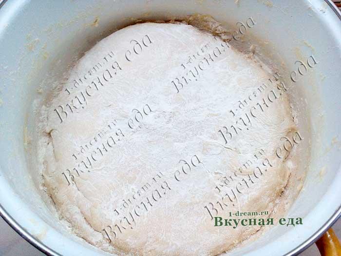 Тесто на сыворотке готово