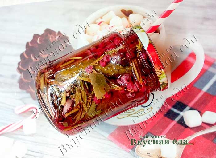 Хрустящие маринованные огурцы с красной смородиной без уксуса на зиму