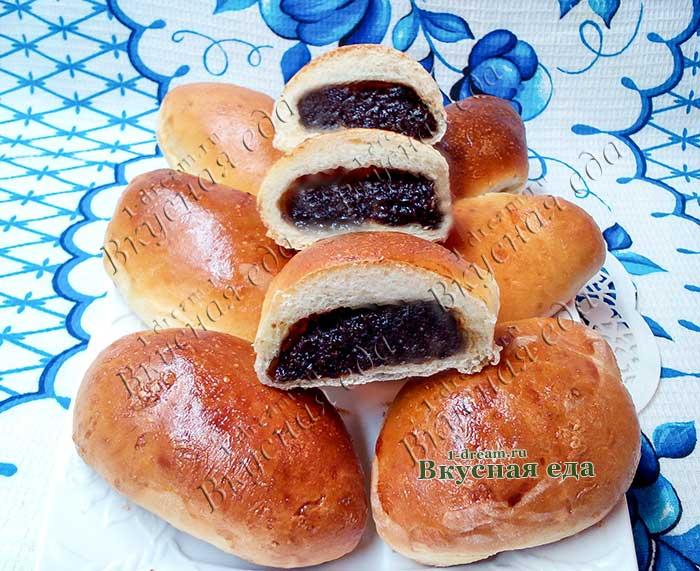 Пирожки с черносливом из дрожжевого теста-рецепт с фото