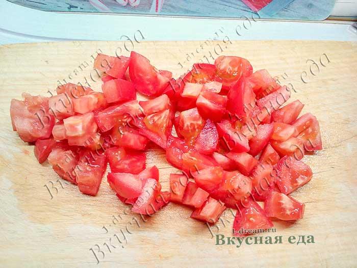 Порезать помидоры для салата