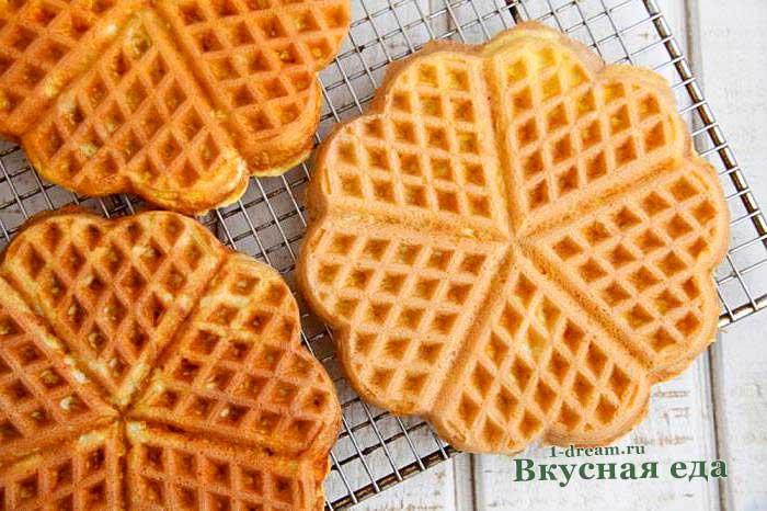 Мягкие вафли на сметане-рецепт с фото