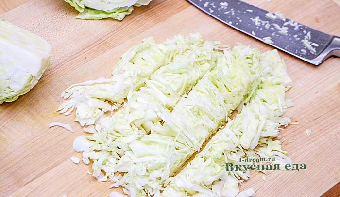 Мелко нарезать капусту для щей