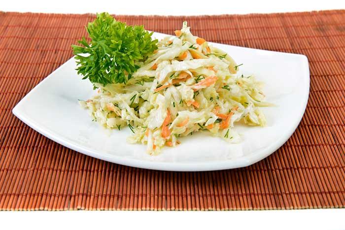 Салат из моркови с капустой Витаминный