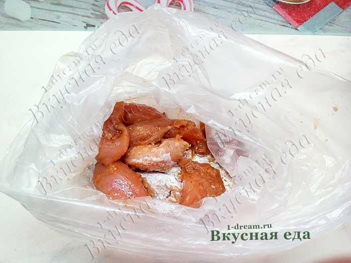 Куриное филе в панировке из муки в пакете