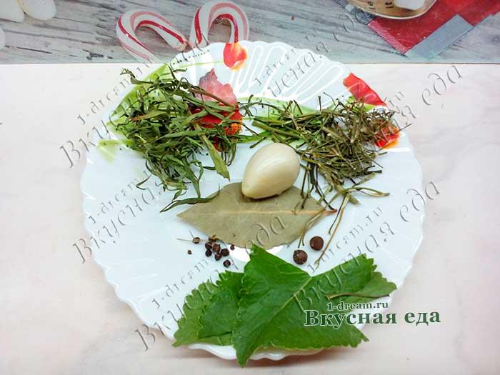 Специи для маринования цветной капусты и помидоров